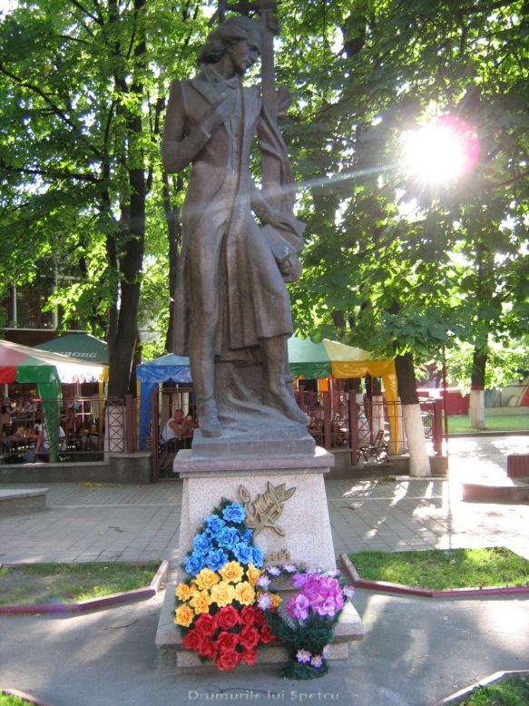2008 08 06-10 (Cernauti - Hotin - Chisinau) 073 [1600x1200]
