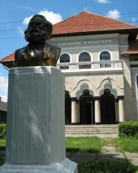 2008 08 06-10 (Cernauti - Hotin - Chisinau) 206 [1600x1200]