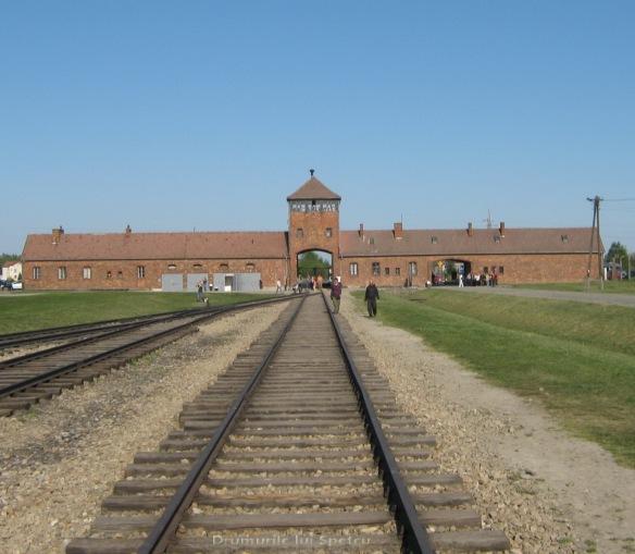 2009 04 27 (Auschwitz - Katowice - Cracovia - Oradea) 165 [1600x1200]