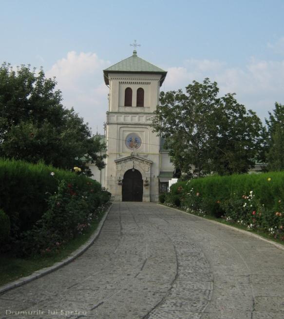 2010 08 16-20 (Targoviste - Bucuresti - Rosiori - Turnu - V. Ol) 025 [1600x1200]