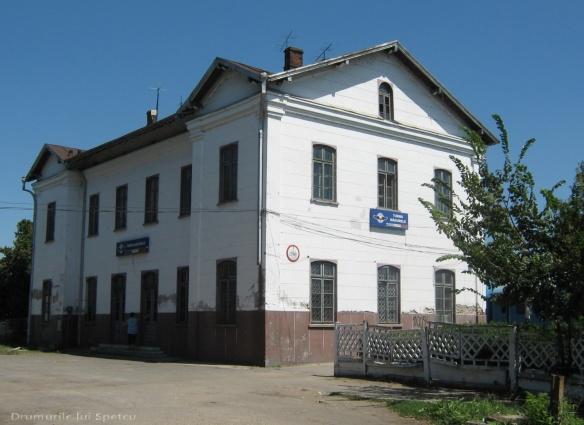 2010 08 16-20 (Targoviste - Bucuresti - Rosiori - Turnu - V. Ol) 328 [1600x1200]