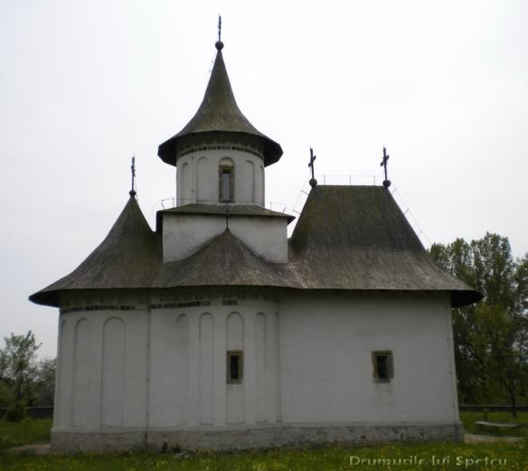 2011 05 15 (Dragomirna-Patrauti-Darmanesti) 079 [Rezolutia desktop-ului]
