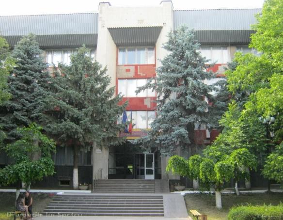 2015 05 30-31-01 (Chisinau - Ungheni) 313 [Rezolutia desktop-ului]