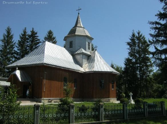 2012 07 01 (Ciprian Porumbescu) 024 [Rezolutia desktop-ului]