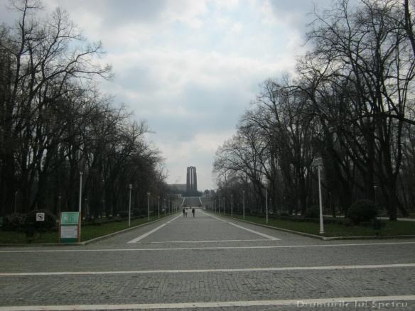 2013 03 16 (Bucuresti) 067 [Rezolutia desktop-ului]