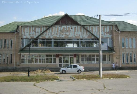 2013-08-03-08-chisinau-comrat-cahul-cantemir-reni-565-rezolutia-desktop-ului